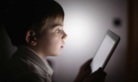 iPhones, iPads, and Christian Parenting – One Practical Help