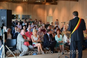 Halles2015-06-05 11-01-00-