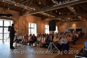 Halles2015-06-05 11-02-00-