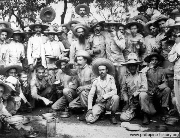 1898 Photo Of Spanish Soldiers Held Prisoners In Manila