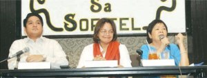 Commissioner Emily Abrera (center) of EDZA People Power Commission, announced before the members of the media at the Bulong Pulungan forum held at the Sofitel Philippine Plaza in Pasay City, commemorating the People Power Anniversary titled: Thirty years later, is the EDZA spirit still alive? With her are Assistant Secretary for Special Concerns Celso Santiago (left) and Deedee Sytangco forum moderator. (JOSEPH MUEGO)