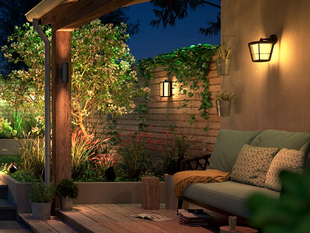 smart outdoor lighting hue outdoor