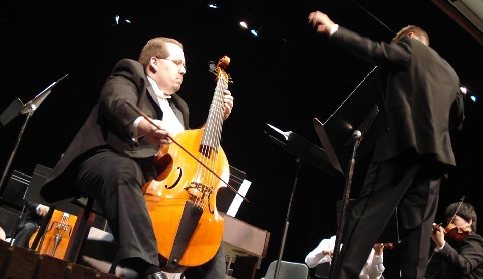 Phillip Serna performing Georg Philipp Telemann's Concerto for Viola da Gamba TWV51:A5 in Naperville, IL