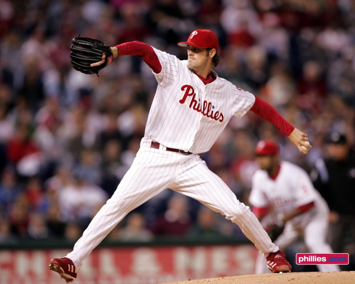 Philadelphia Phillies: A Cole Hamels Reunion?