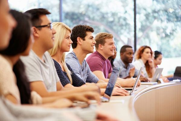 Best Insurance Types for College Students