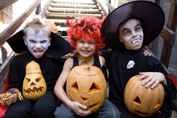 3 Tips for Safe Trick-or-Treating