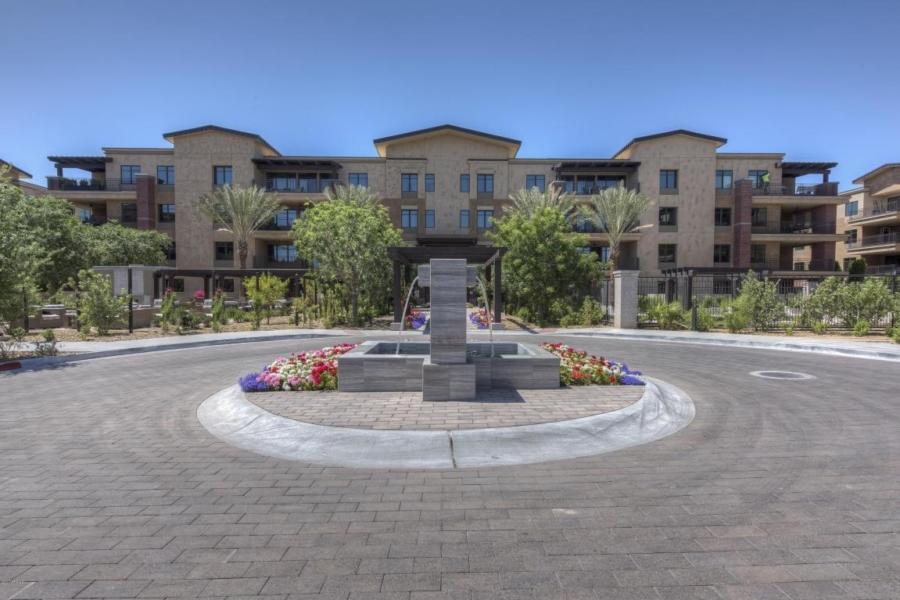 Enclave fountain