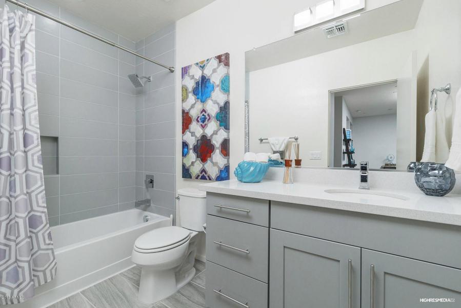 turney-hall-bath