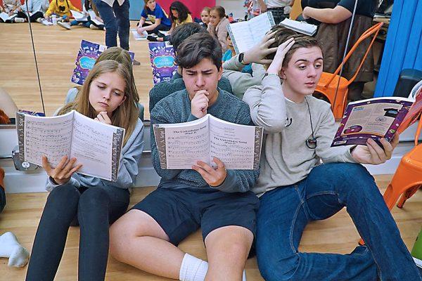Phoenix Youth Theatre Scottsdale Arizona Alice In Wonderland Circle Read 14
