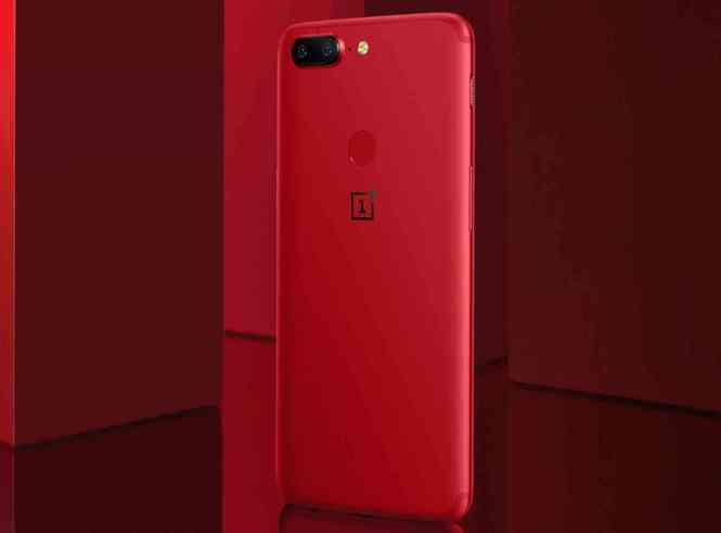 OnePlus 5T Lava Red back