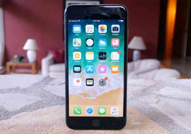 iPhone 8 Plus hands-on