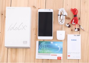 TCL Idol X+ unboxing