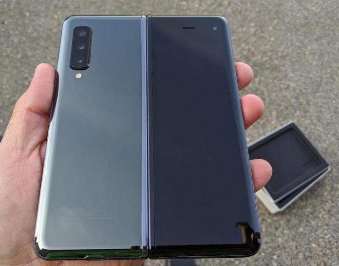 Samsung Galaxy Fold first look: in pictures