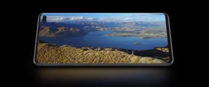 Galaxy S10 Plus Display