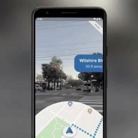 Google Expands Preview of Maps AR Navigation to Pixel Phones