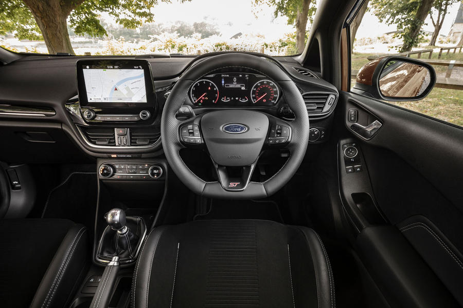 Ford Fiesta St Performance Edition 2019 Uk Review Phoneweek
