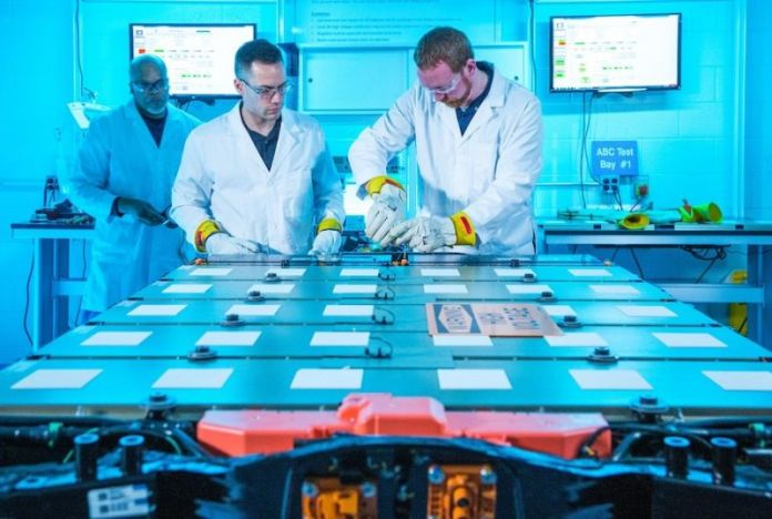 General Motors Ultium EV Batteries to Feature Wireless Management System