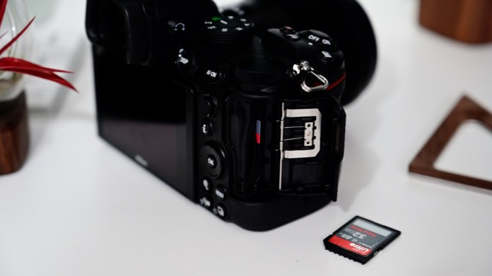 Dual SD card slots on the Nikon Z5