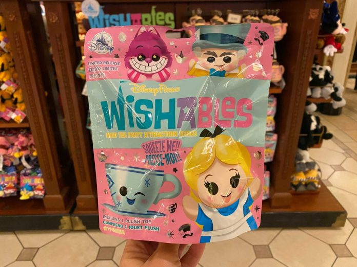 wishables-mad-tea-party-packaging-3