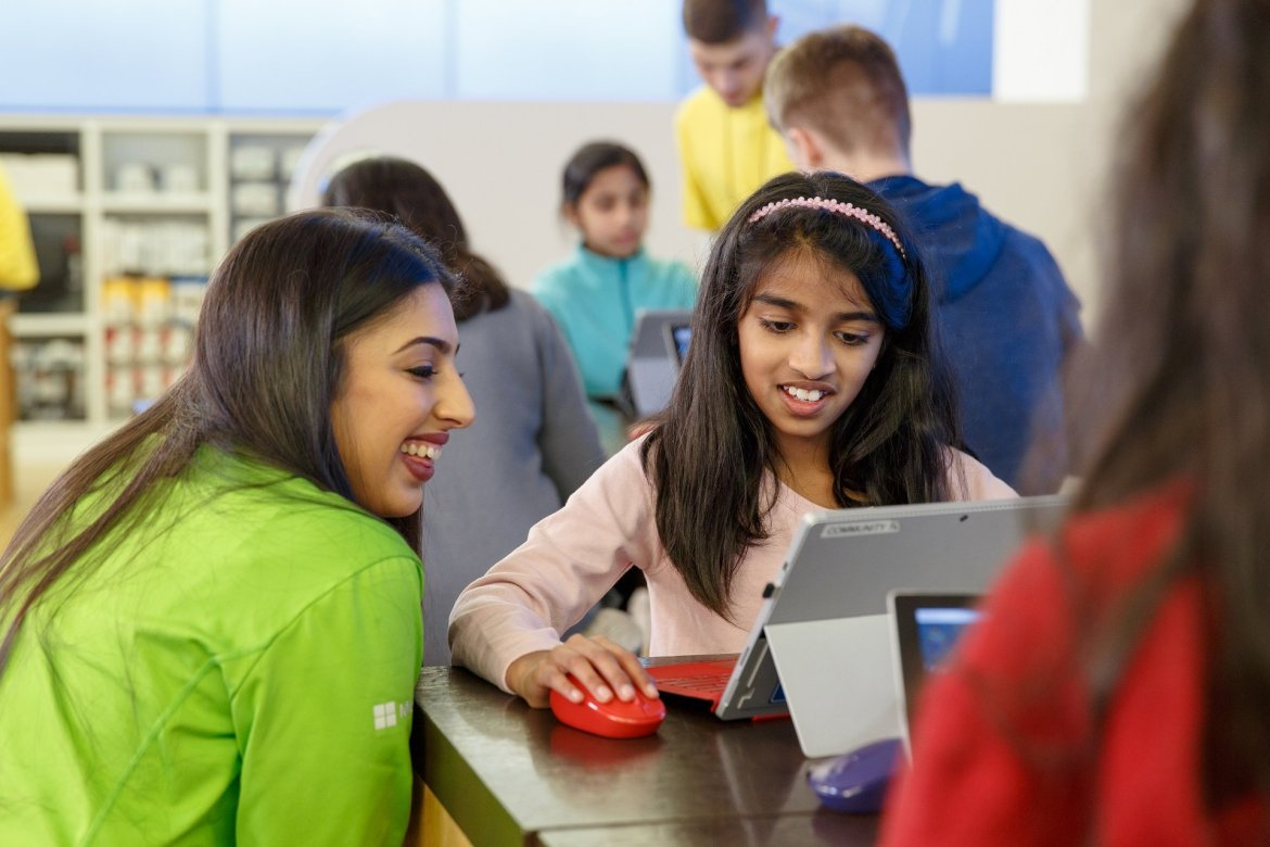 Microsoft Store Youthspark Summer Camp