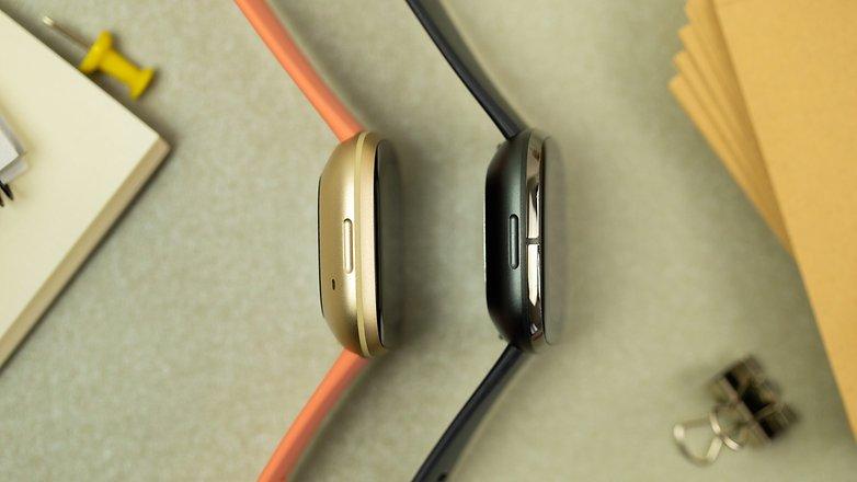 NextPit Fitbit Versa 3 side comparison