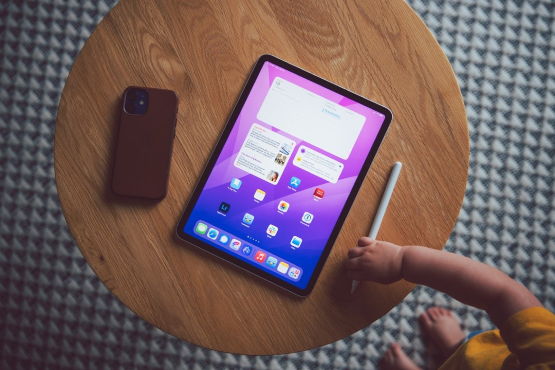 A Look at Big Widgets and Focused Home Screens in iPadOS 15