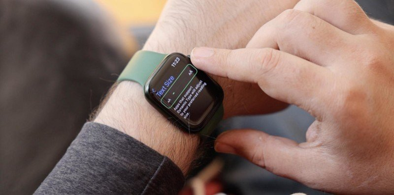 Apple Watch Series 7 Text Small