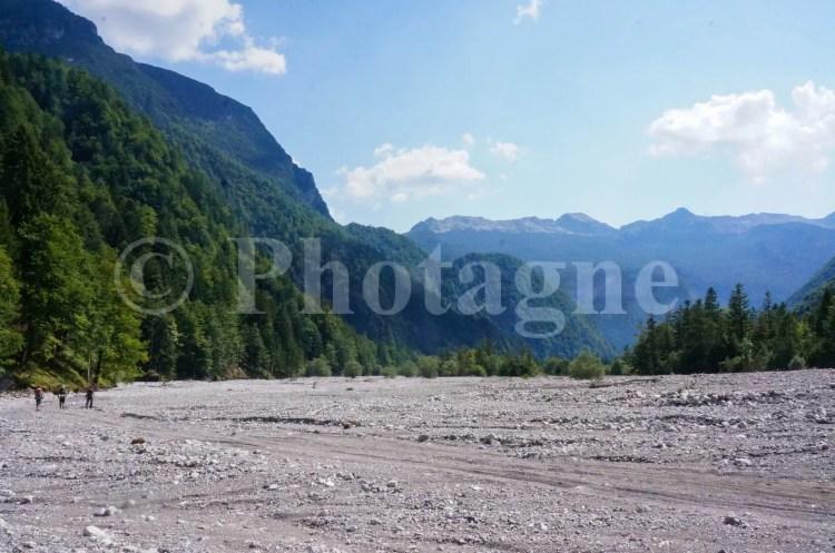 Rivière de cailloux Frioul