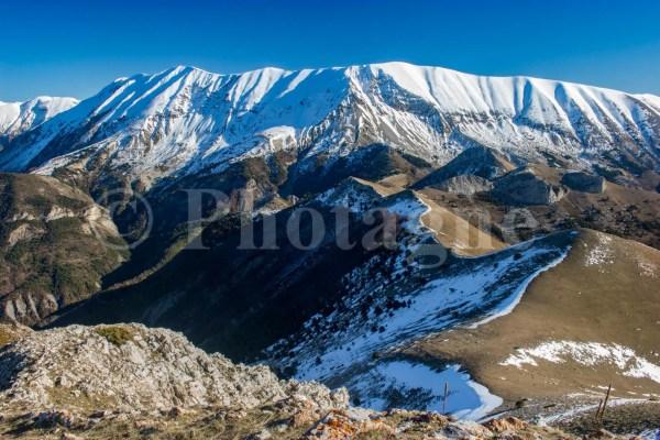 La montagne du Cheval Blanc depuis le Cucuyon
