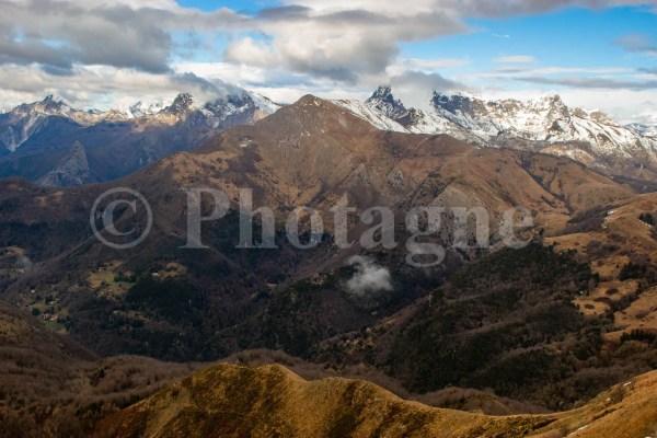 Vue sur les Apuanes depuis le mont Prana