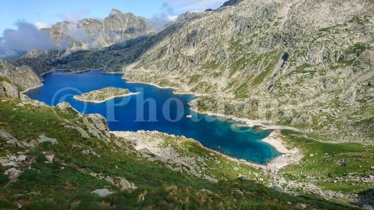 Lac de Mar, sur la Haute Randonnée Pyrénéenne
