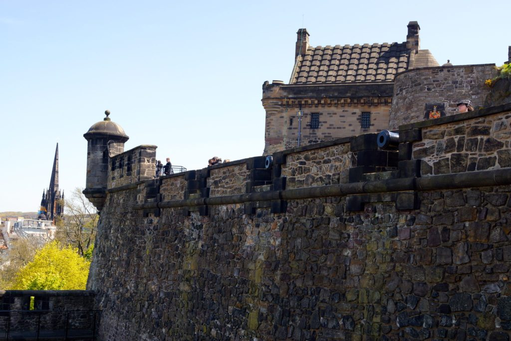 Walls and canons at Edinburgh Castle