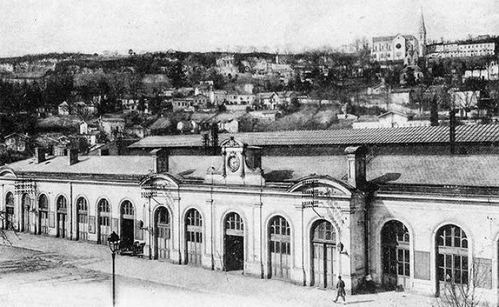 Façade de la_Gare d'Agen ©photo archive Patrick Clermont