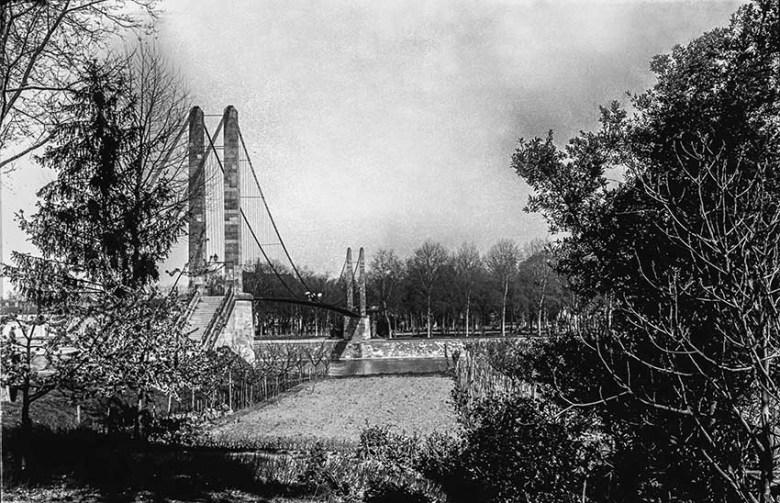 La Passerelle en 1910 coté Passage