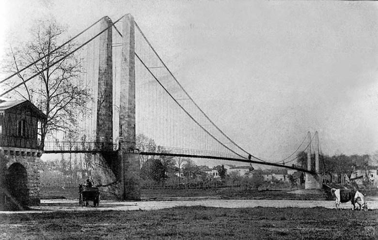 La passerelle à Agen en 1900