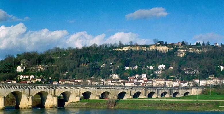 Pont canal et garonne à Agen