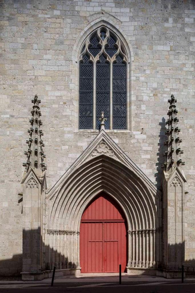 Cathédrale Saint-Caprais-Porte Ouest