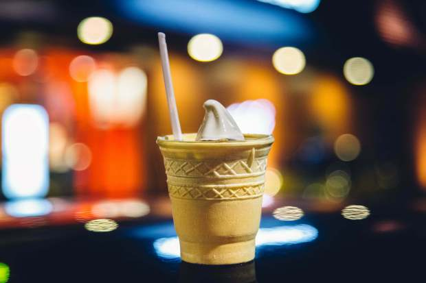 ice-cream-bokeh-photography
