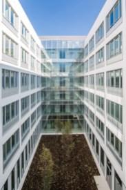 Cour intérieure bâtiment Safran à Toulouse - Architecture Design