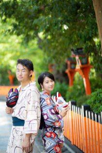 浴衣で京都を散策したカップルのイメージカット撮影サンプル写真