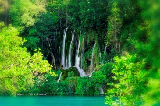 Cascades paradisiaques. Parc national de Plitvice, Croatie