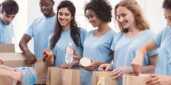 عبارات عن العمل التطوعي يساعد في عمل الخير