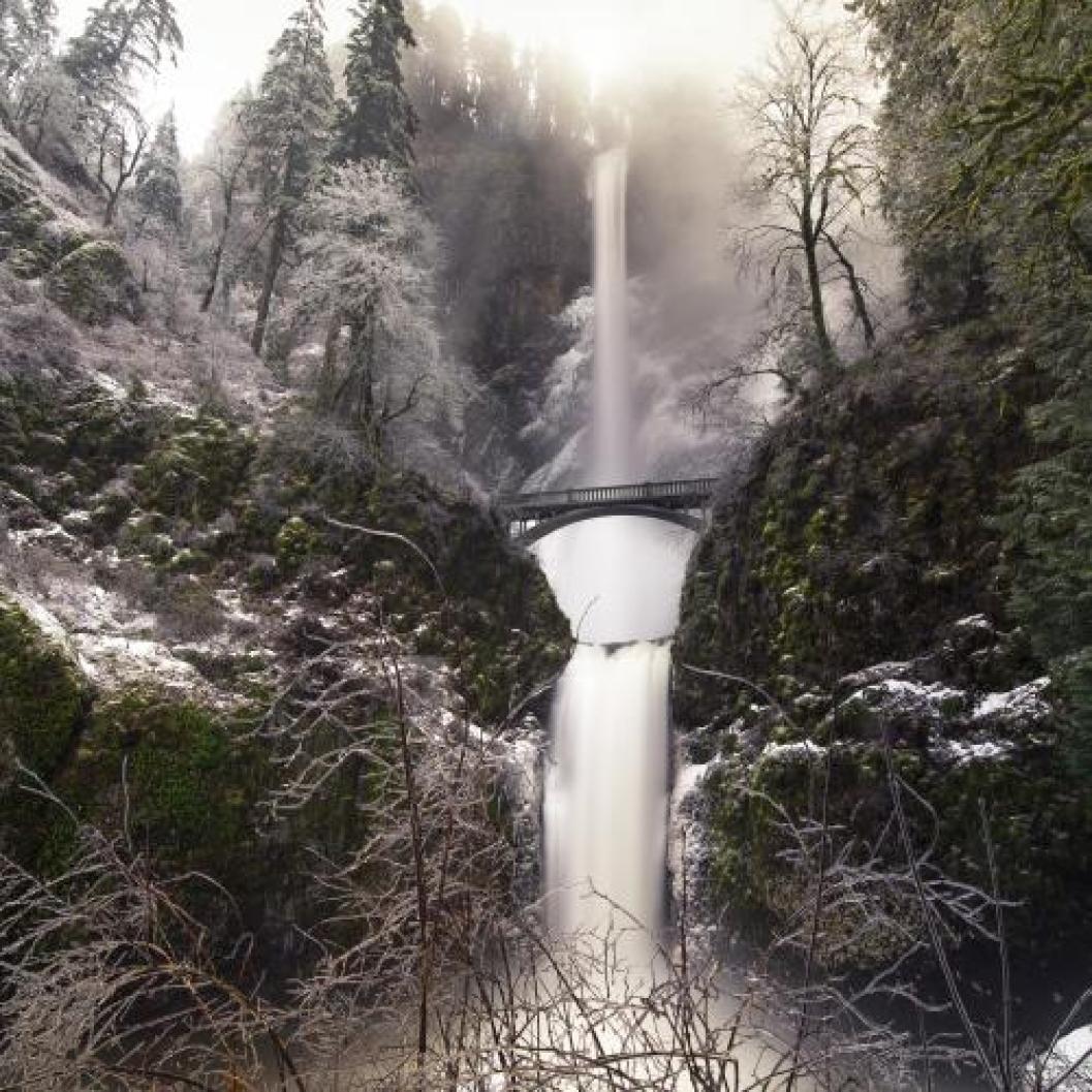 Multnomah_Falls door James@ApertureXplorer.com