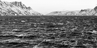 Øksfjord (1 zu 2) - PHOTOGALERIE WIESBADEN - nördlich-nord