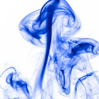 rauch 8 weiß blau - PHOTOGALERIE WIESBADEN - flamme rauch formen