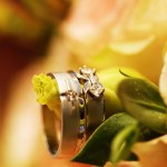 Wedding Rings with flowe