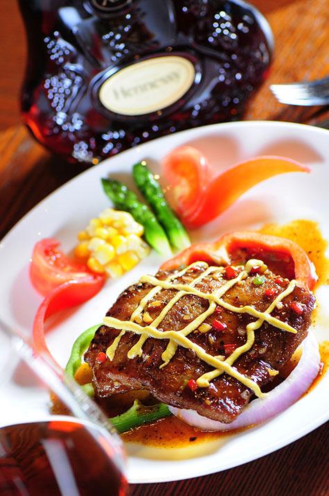 Ontaro food photographer Wine and steak