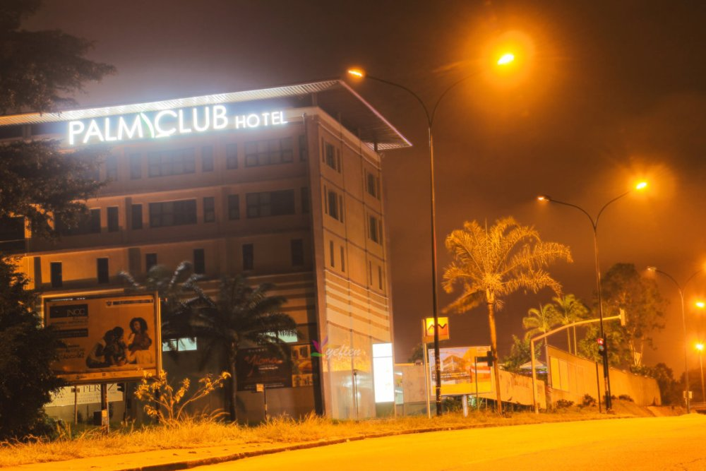 palm club hotel abidjan