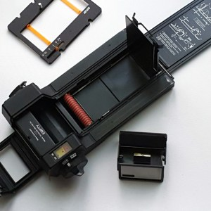 """Sinar ZOOM rollfilm back for 4x5"""""""