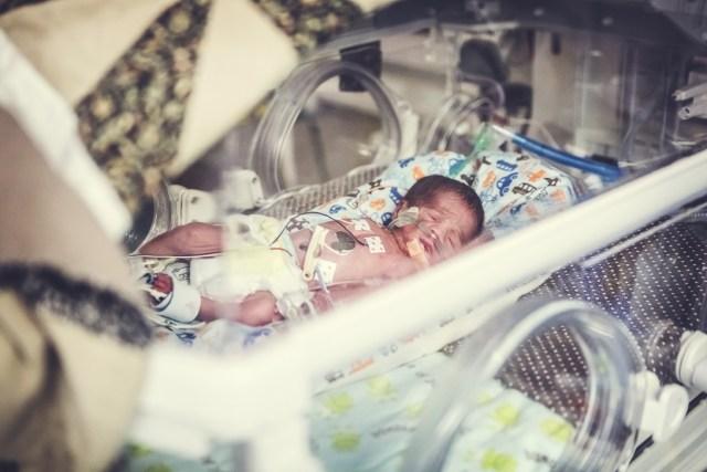 The Tiny Footprints Project, Roswell Photographer, NICU babies, newborn